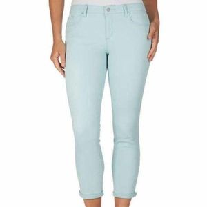 Jessica Simpson Women's Rolled Crop Skinny Mint